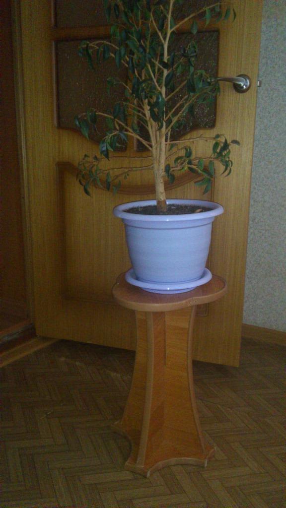 Напольная постамент для  цветка своими руками