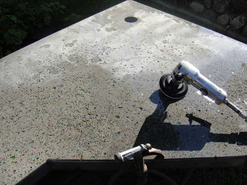 Изготовление столешниц изполированного бетона