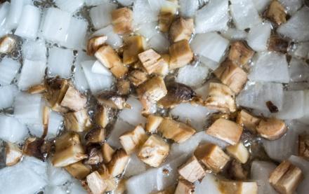 Рецепт фаршированных шампиньонов счечевицей по-французски