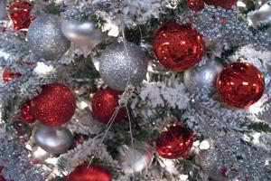 Как выбрать иукрасить искусственную елку кНовому Году