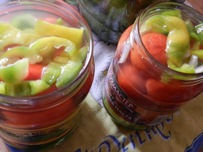 Маринованные помидоры счесноком