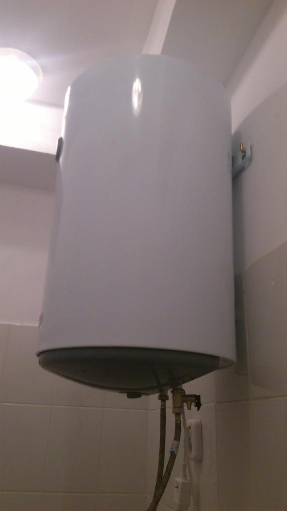 Как чисто установить водонагреватель своими руками