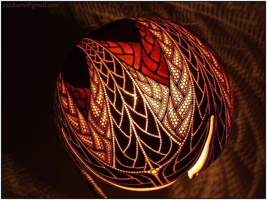 Ажурные светильники изтыквы лагенарии