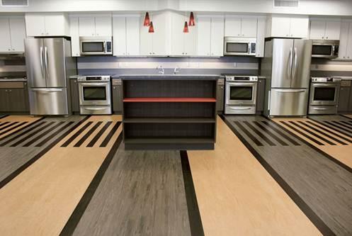 Новое современное напольное облепливание для дома: виниловая брикет Luxure Vinyl Tiles (LVT)