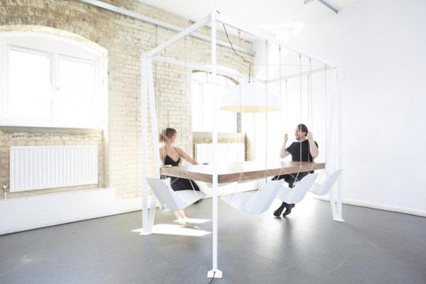 Кресла-качели: создайте непринужденную обстановку