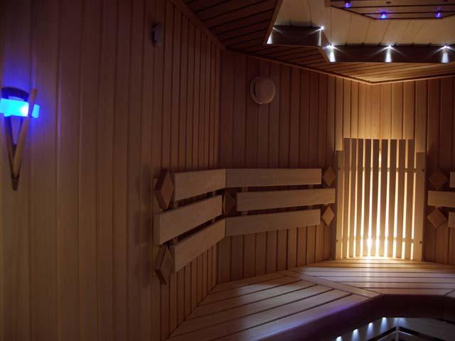 Светодиодные светильники относительно бани — неповторимая атмосфера