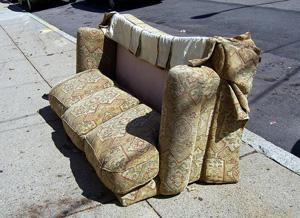Перетяжка мебели своими руками: инструмент  иподготовка