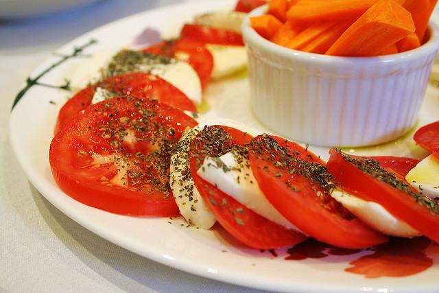 Максимально простые блюда изпомидоров