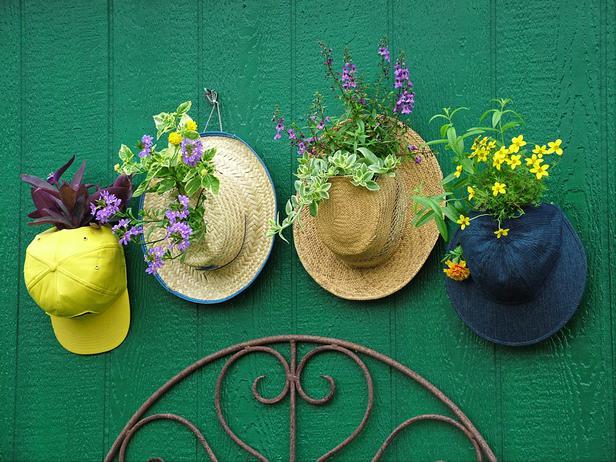 Необычные садовые клумбы