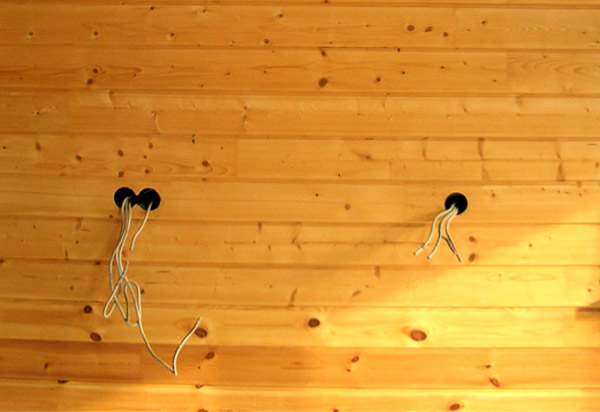 Электропроводка во бане — вентустановка щитка, уплотнение кабеля, виды проводки